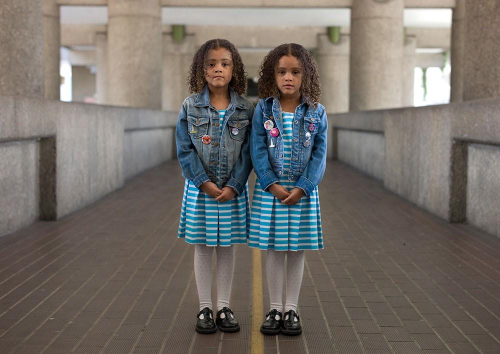 Сходство в различиях: сравнение близнецов