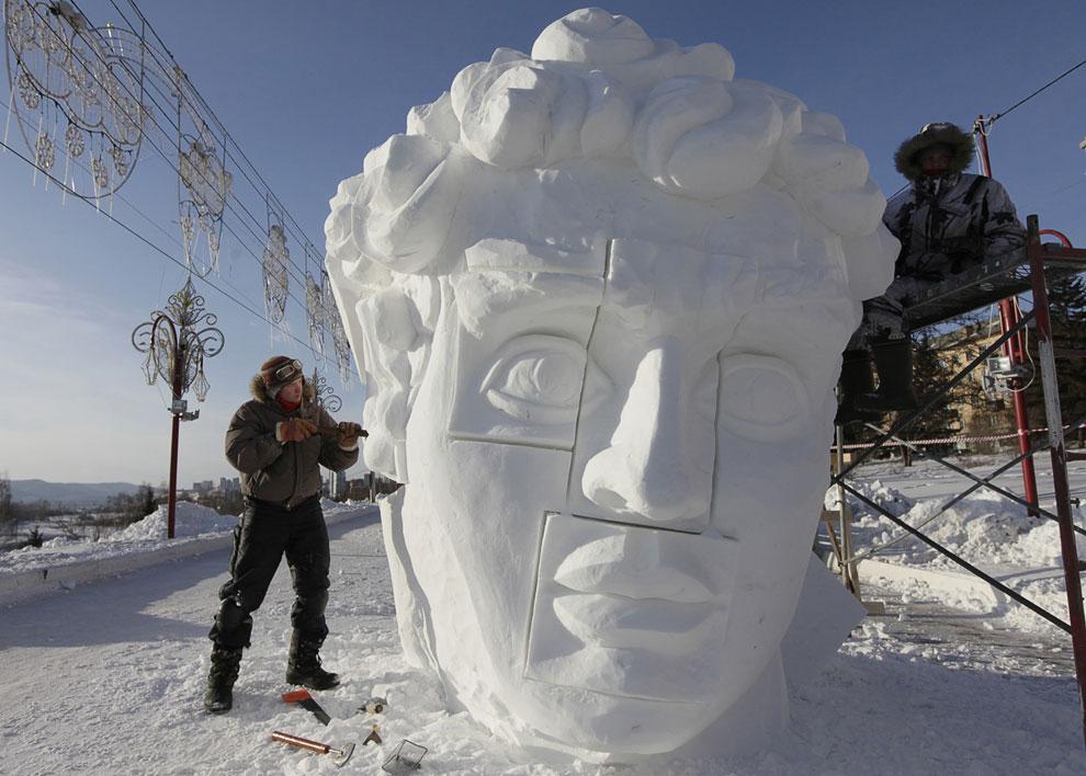 Зимой по берегам Енисея нужно ходить подготовленным, 2 января 2013: