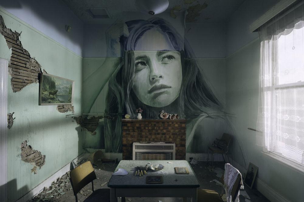 Работы Рона на стене заброшенного здания на Гавайях: