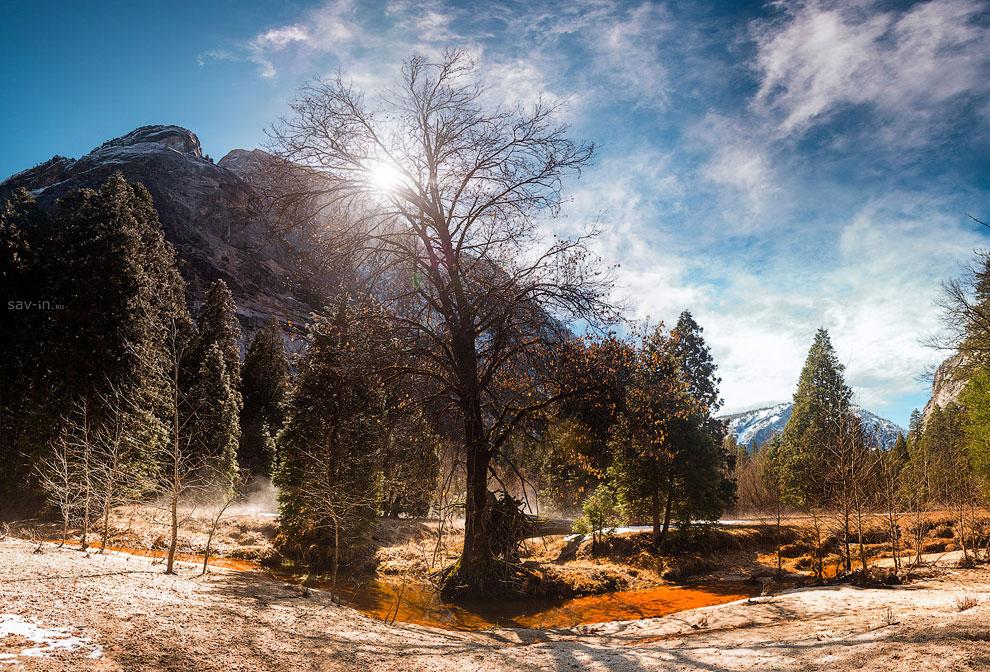 В тот же день, через перевал, покидаем парк Йосемити, бросив прощальный взгляд на великолепную долин