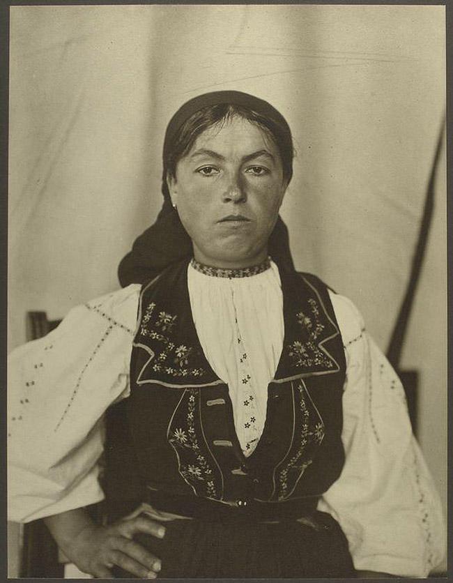 4. Женщина из Румынии