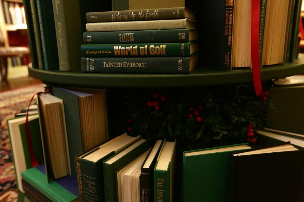 8. Праздники в Белом доме начинаются уже с 27 ноября. За несколько следующих недель здесь побывает о