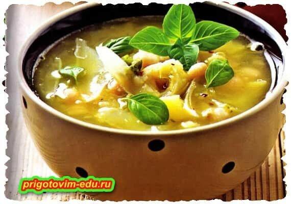 Крем-суп с нутом и луком-пореем