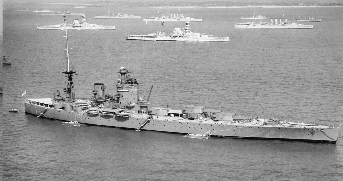 HMS_Nelson_off_Spithead_for_the_Fleet_Review.jpg