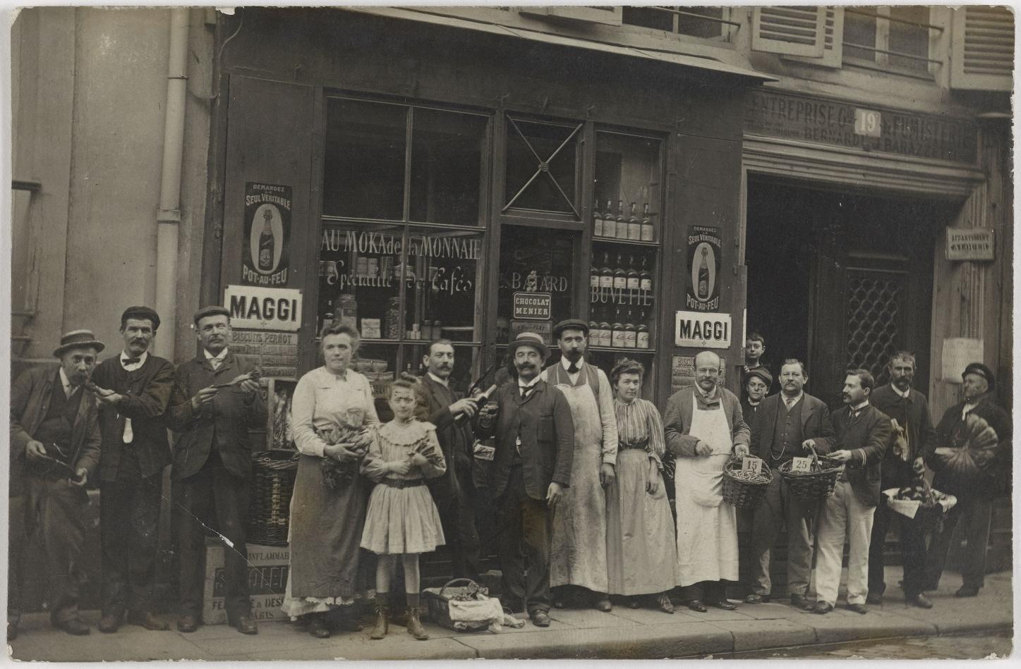 1906. Продукты и алкоголь. Дом Е. Батар, 19, rue Guénégaud (6-й округ). Сейчас Секонд хенд