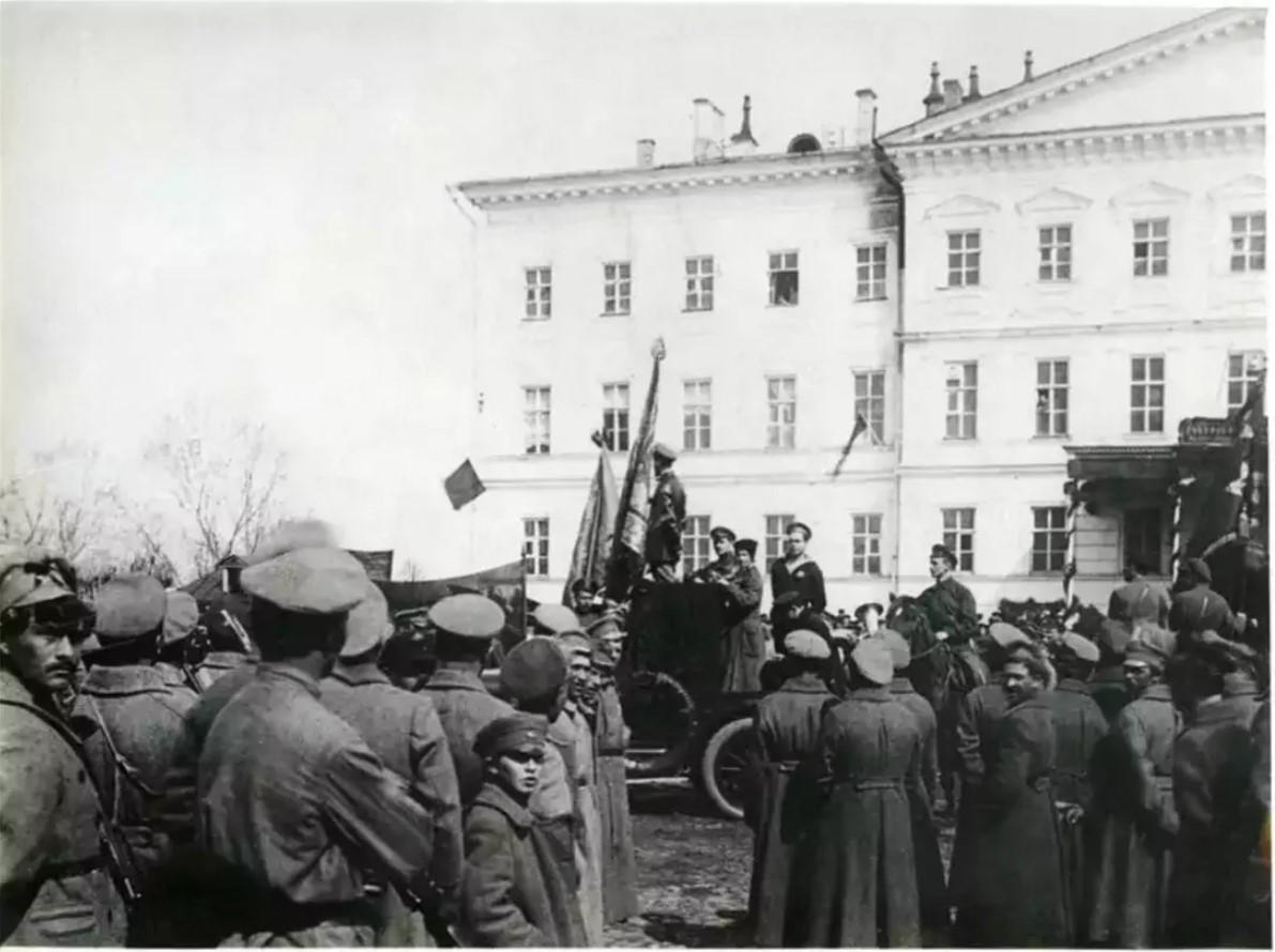 1918. Выступление Лазаря Моисеевича Кагановича на митинге красноармейцев в Нижнем Новгороде
