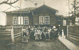 Окрестности Холмогор. Училище имени М.В. Ломоносова на Курострове