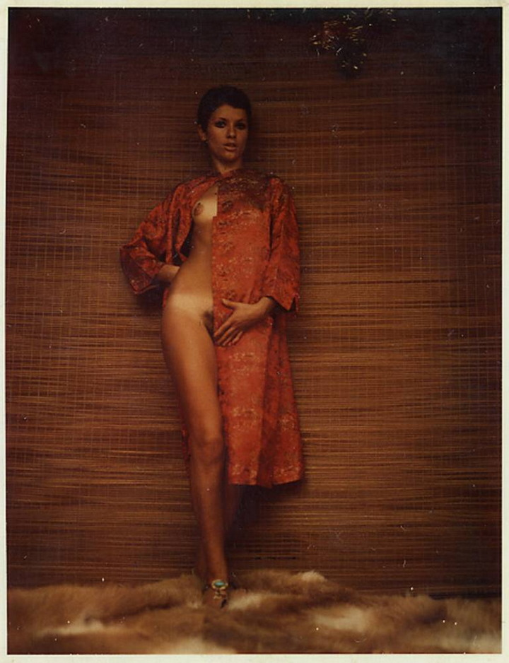 Эротический поляроиды из архива Карло Моллино