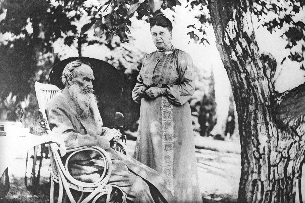 Будучи человеком, близким к природе и безмерно любящим свою страну, Лев Николаевич проявлял заботу о
