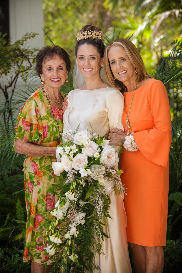Марта, которая живет в Калифорнии, рассказала в интервью, что тот факт, что она и ее дочь Пилар выхо