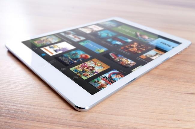 © Max Pixel     Впервое время после выхода iPad 2представители компании Apple вниматель