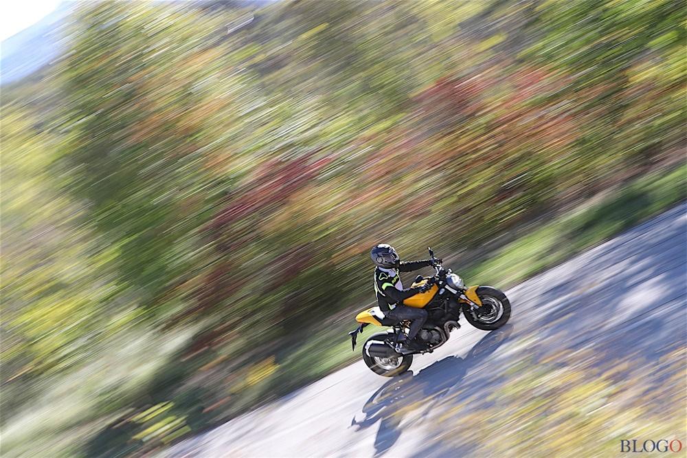 Фото Ducati Monster 821 2018