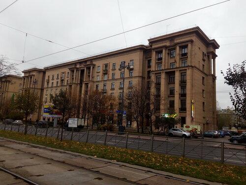 Московский пр. 145