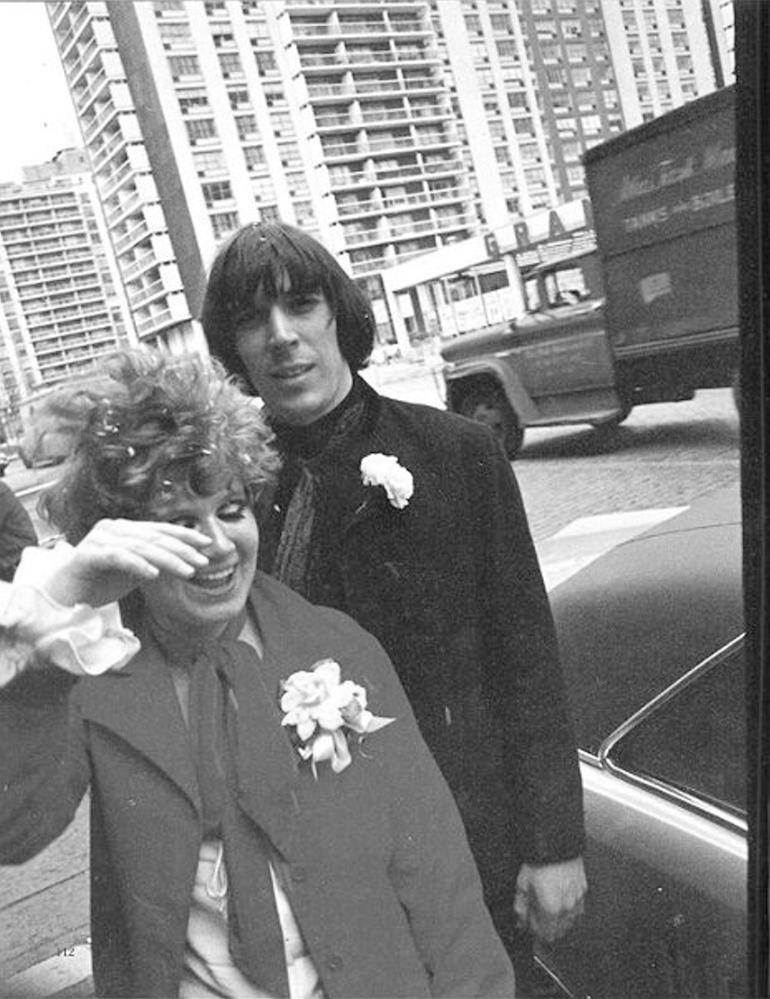 1968. Свадьба Джона Кейла (Velvet Underground) и Бетси Джонсон (модельер)