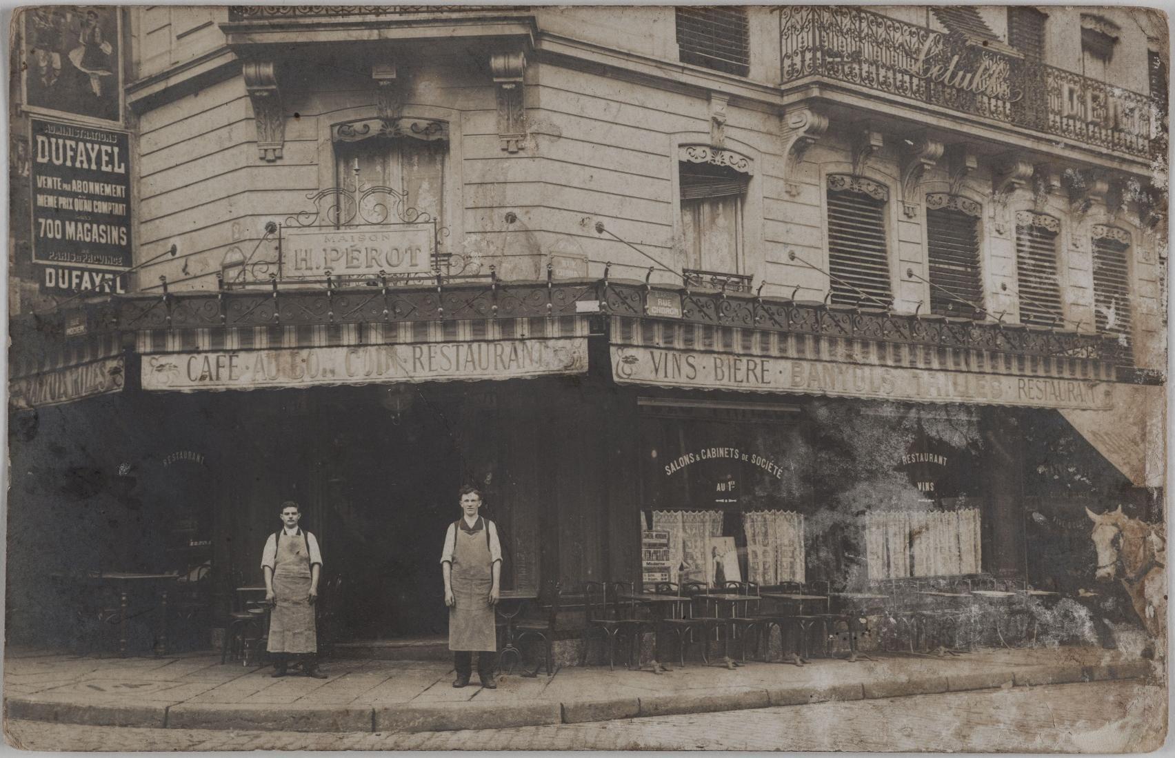 1905-1910. Кафе, ресторан.  Дом Генри Перо. 1, rue Choron, et 2, rue Rodier (9-й округ).  Сейчас на этом месте ремонт компьютеров