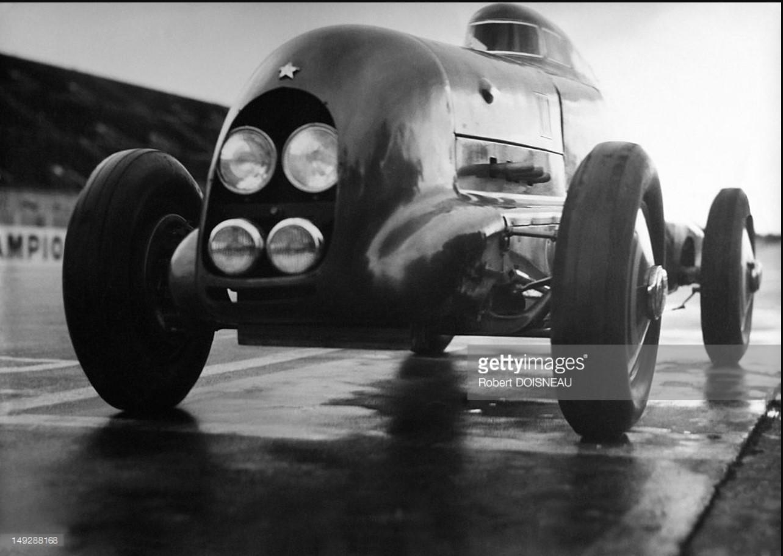 1936. Гоночный автомобиль