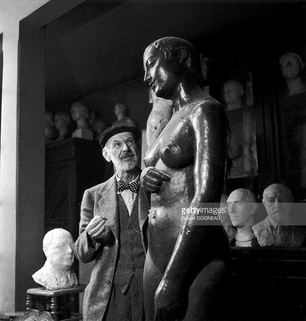 1940-е. Скульптор Шарль Деспио