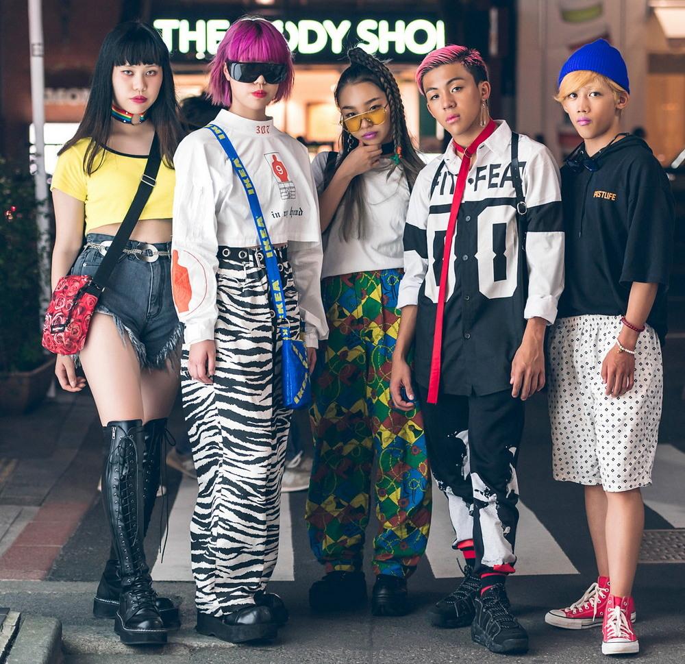 Модные персонажи на улицах Токио (28.11.17)