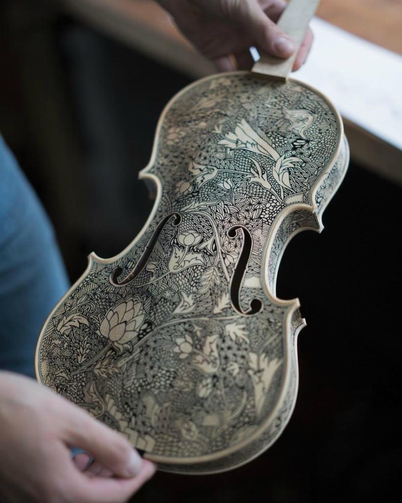 Im-the-Violin-Painter-59f18c9c85e84__880.jpg