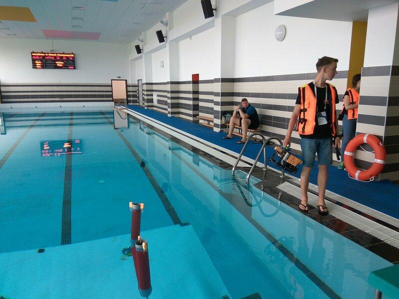 Иннополис-ВРО-день3-подводные роботы-23.jpg