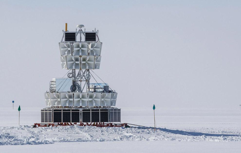22. Айсберги на западном Антарктическом полуострове. (Фото Eitan Abramovich):
