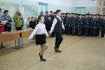 Гудкова Д. и Трофимов А., ученики 4а класса исполняют песню Прадедушка.jpg