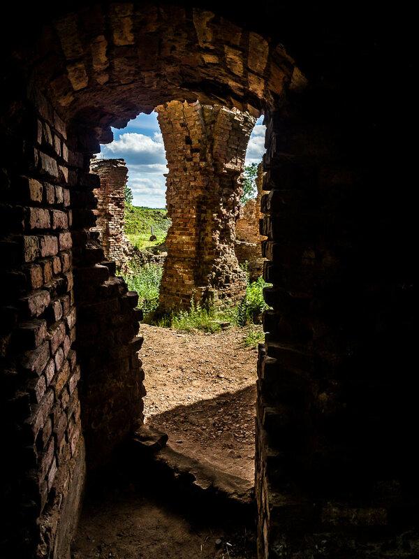 До начала Первой мировой войны в замке ещё жили люди.