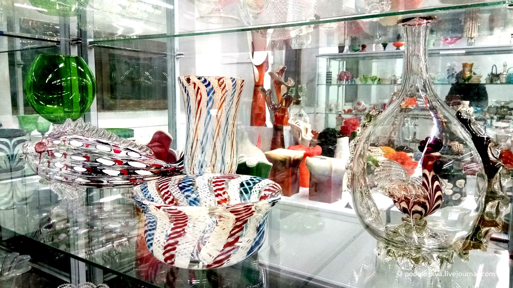 Музей стекла завода «Красный Май» в Вышнем Волочке: podmoskva — LiveJournal