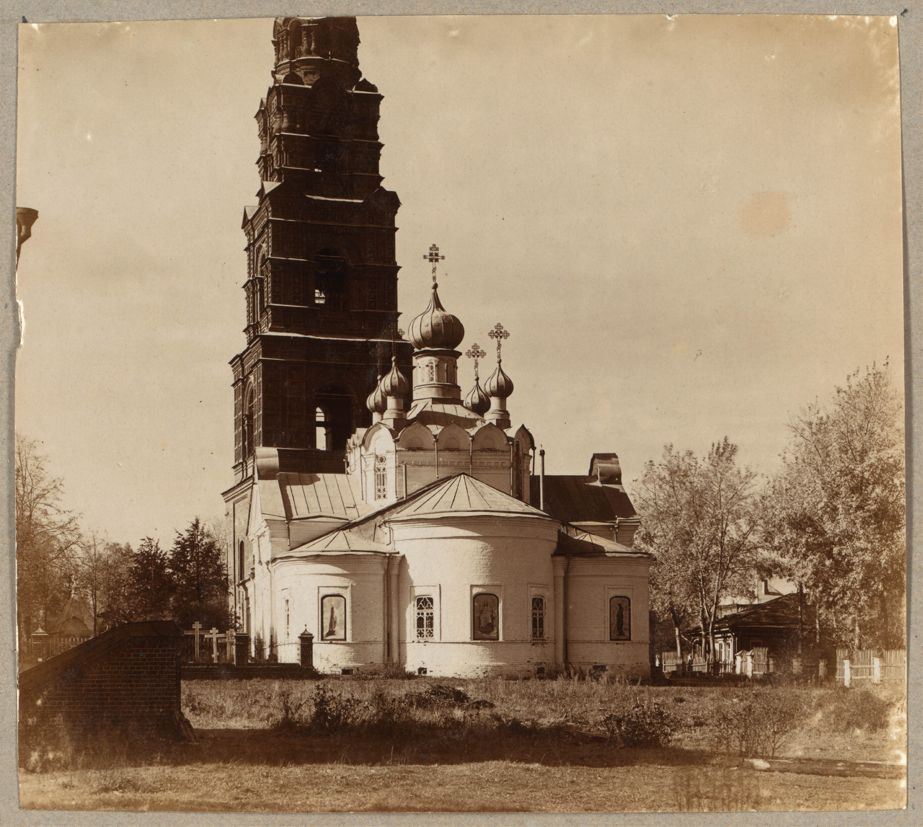 Фёдоровский монастырь. Александро-Невская церковь