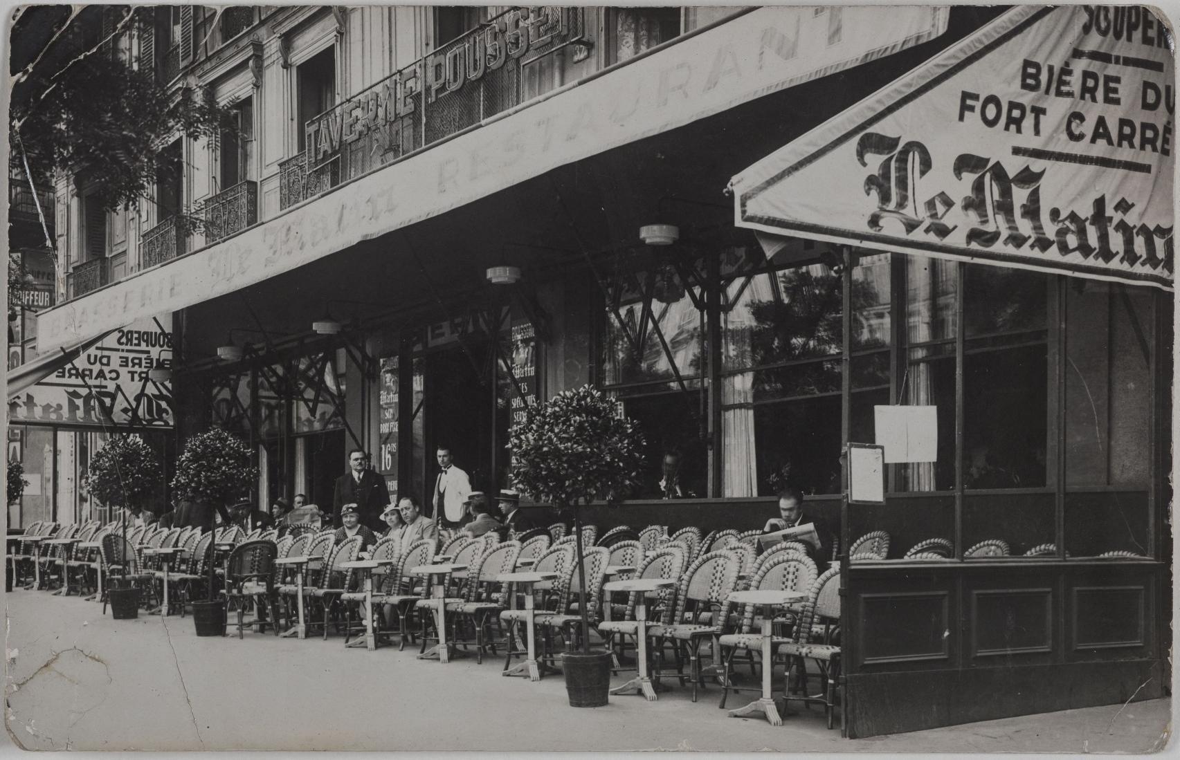 1920-1925. Таверна Пуссе, Пивоварня «Матэн», 14, boulevard des Italiens (9-й округ). Сейчас на этом месте пивной ресторан