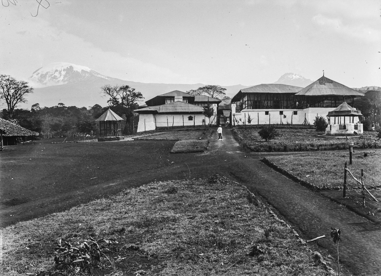 290. Станция немецкого общества Восточной Африки (ДОАГ)  в Моши