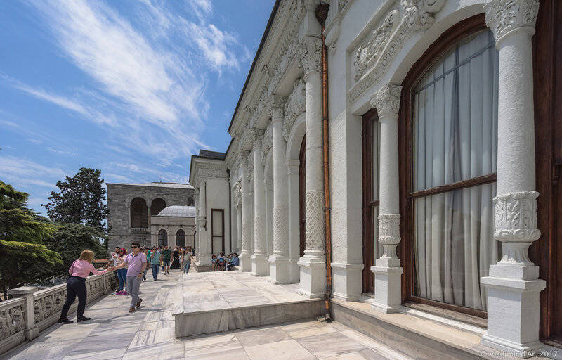 Дворец Топкапы в Стамбуле. Четвертый двор. Павильон медицины.