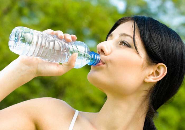 сколько воды можно пить в день