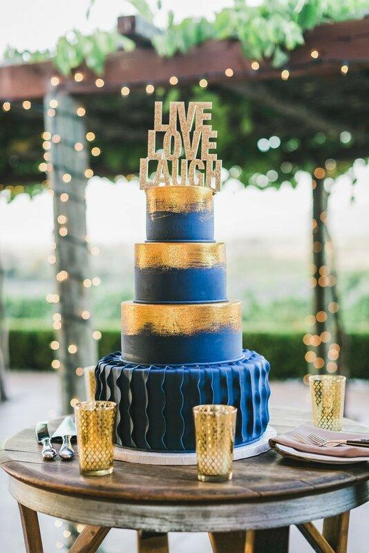 0 1782c2 832e3f6f XL - Каким будет ваш свадебный торт в 2018 году