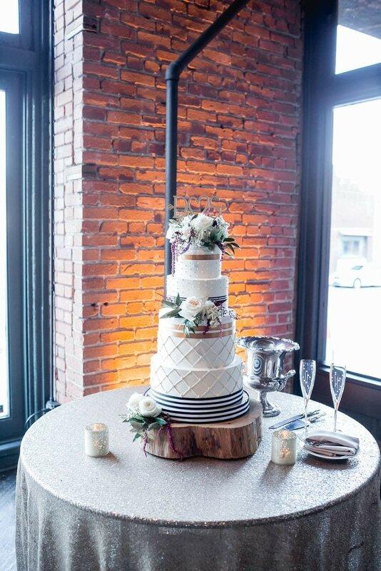 0 178319 f3dd1008 XL - Аппетитные свадебные торты сезона 2017