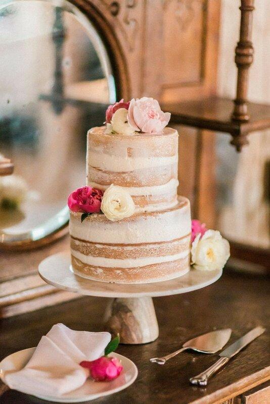 0 17831e 1d936510 XL - Аппетитные свадебные торты сезона 2017