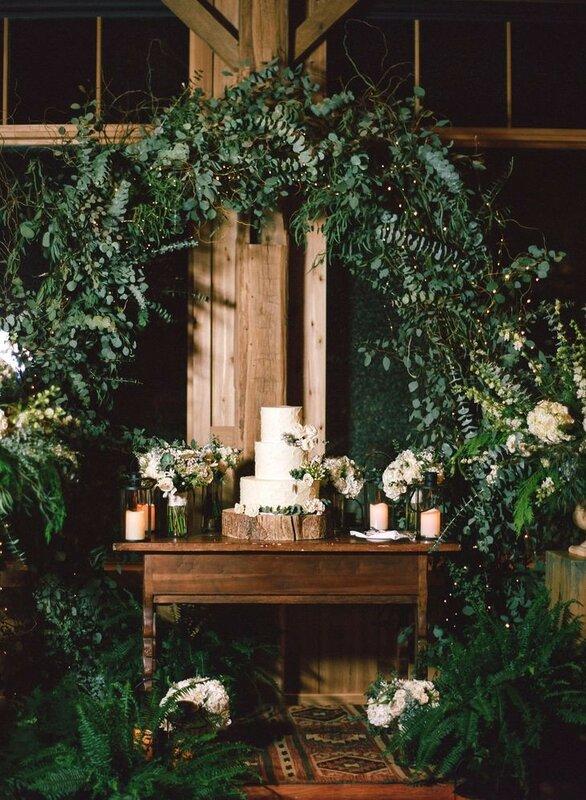 0 178325 94fe42ac XL - Аппетитные свадебные торты сезона 2017