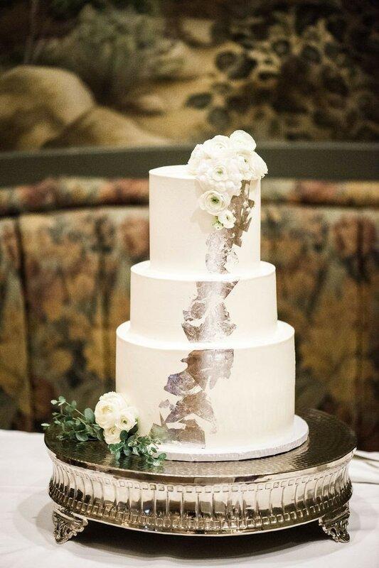 0 17833c ae11db8e XL - Аппетитные свадебные торты сезона 2017