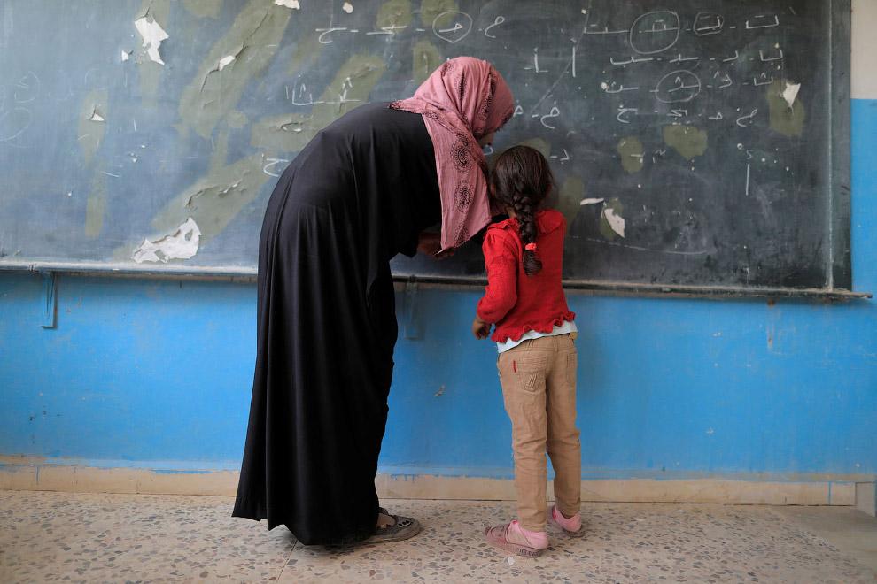 16. Дорога в школу. (Фото Mohamad Abazeed):