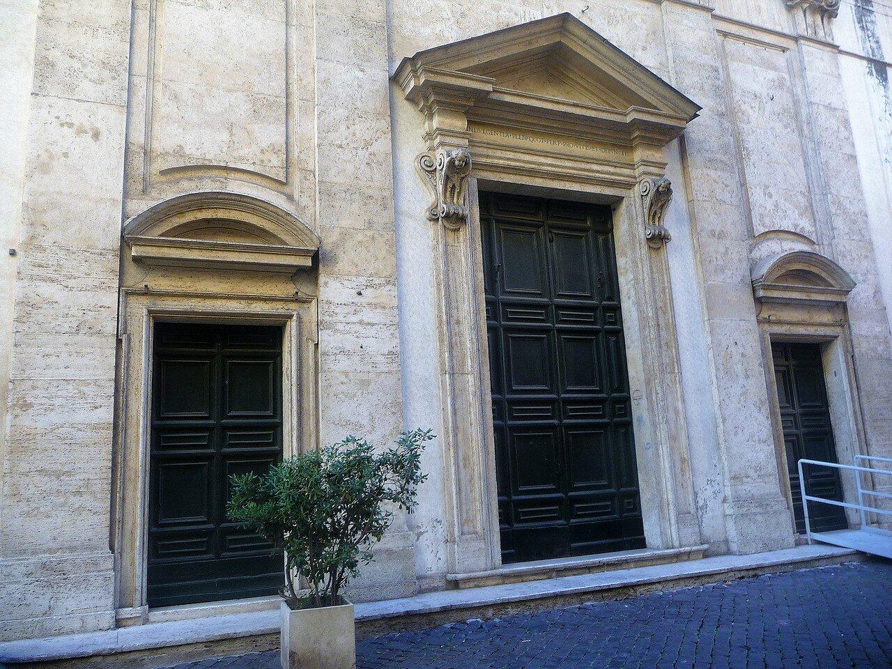 Via Giulia. Chiesa di Santa Maria del Suffragio.