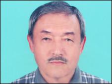 110426165338_uzbek_writer_zohir_alam_226x170_bbc_nocredit.jpg