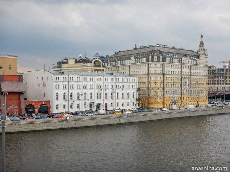 Дома на Раушской набережной, Москва
