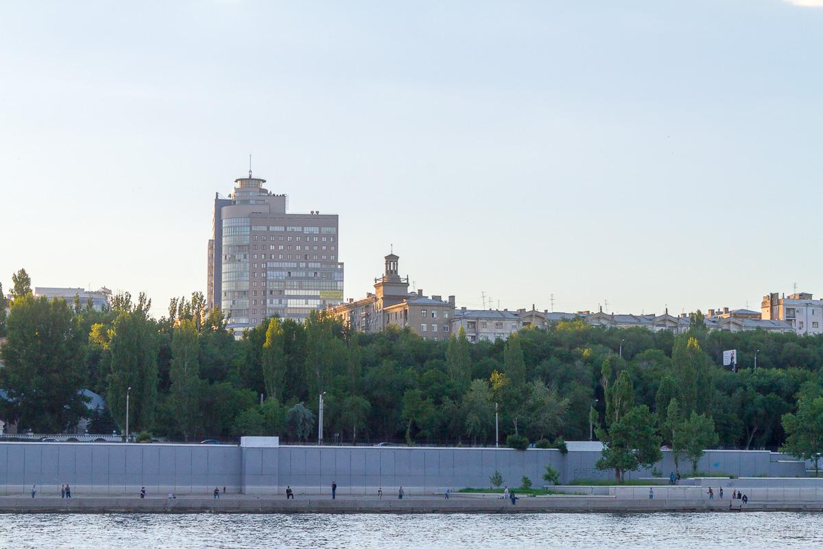 проплывая Волгоград фото 3