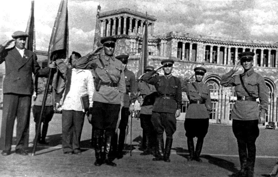 Война армянина. 1941-45 г.