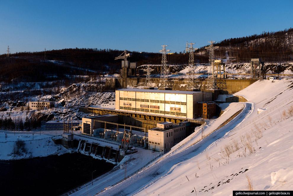5. Вторая очередь Вилюйской станции — ГЭС-II — была построена в 1974-76 годах.