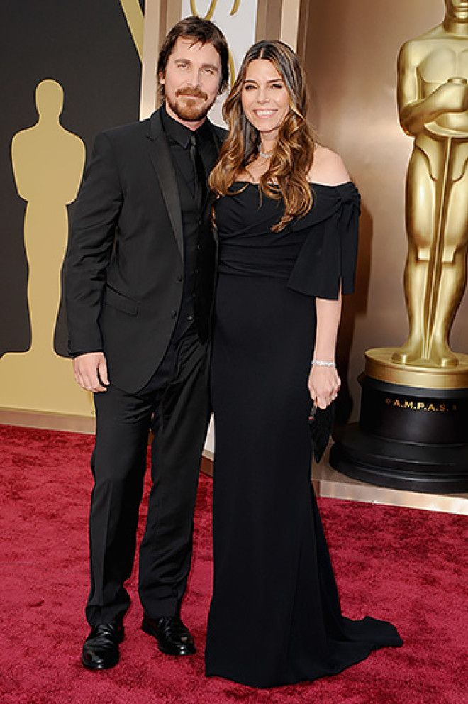 С 2000 года женат на модели и кинопродюсере Сандре Блажич.    Джон Бон Джови