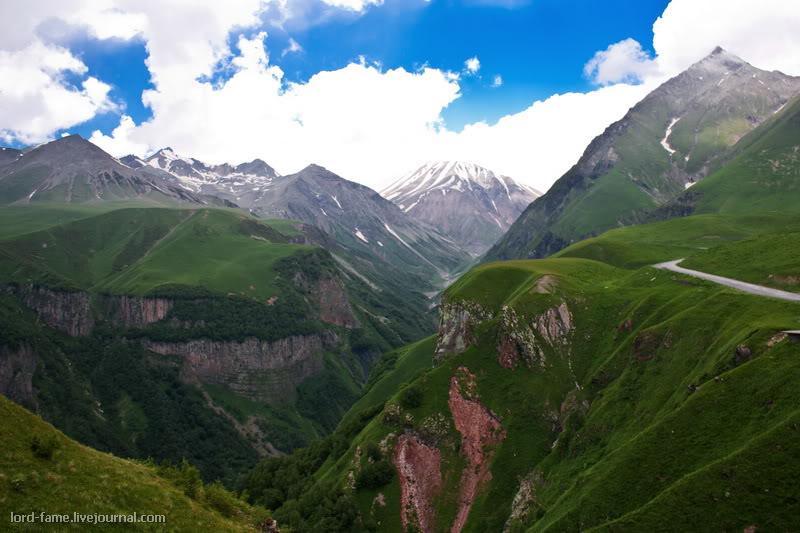 Грузия-Армения 2011. День Второй. Кавказский хребет. Гора Казбек.