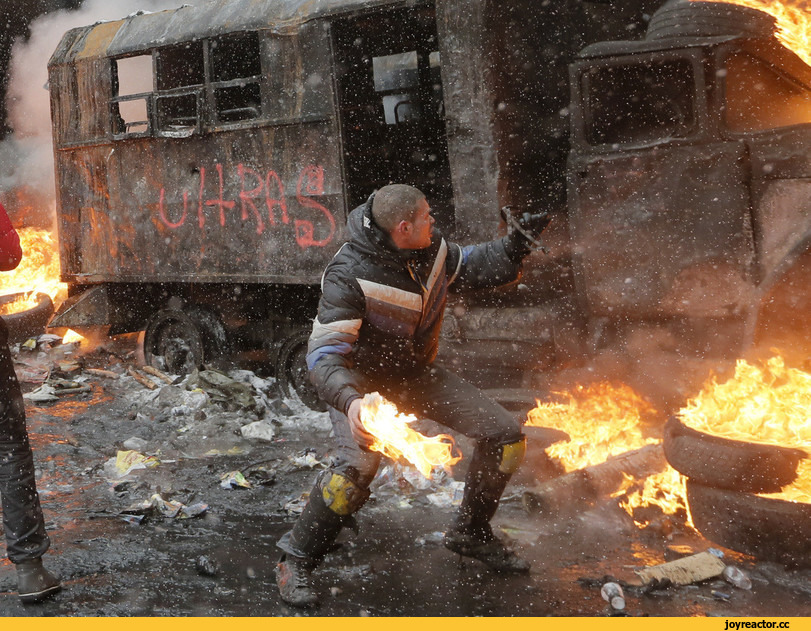 Мирные протестующие-20.jpg