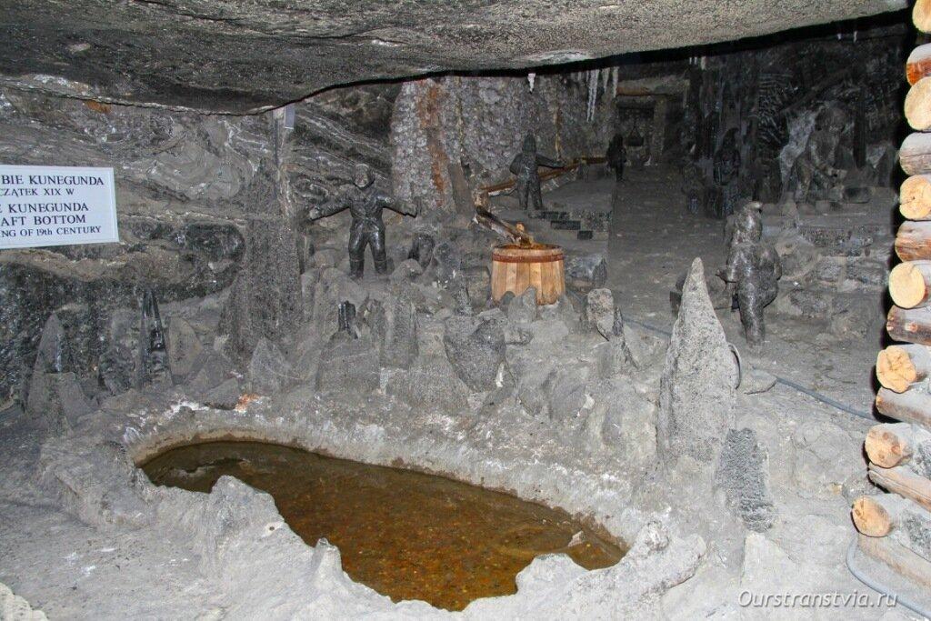 Семь гномов в шахте Величка в Польше