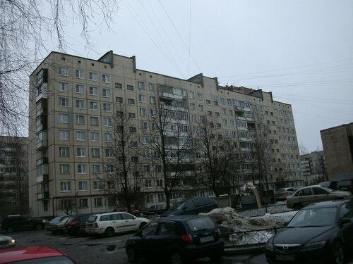 ул. Красных Партизан 8